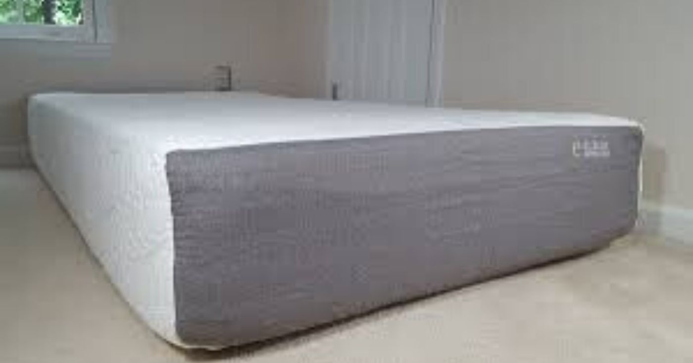 "The Eluxury "" Memory Foam Mattress Review"